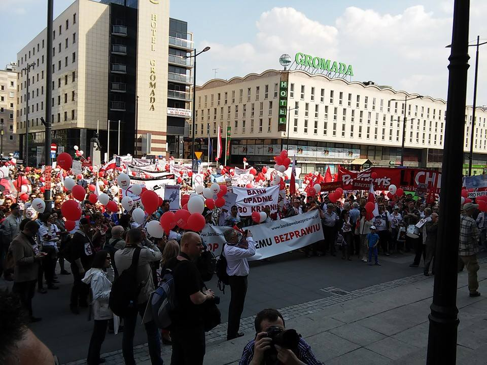Poland: over 5000 people on Warsaw`s streets fighting against FXLoans